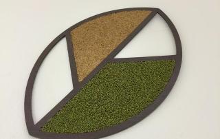 Logo de naturoteca hecho con semillas